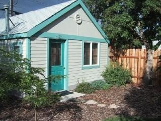 Cozy 2 bedroom Cody House with A/C - Cody vacation rentals