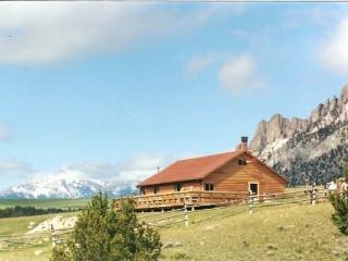 Way West Cabin - Cody vacation rentals