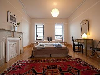 Pristine Duplex - Brooklyn vacation rentals