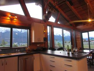 Perfect House with Dishwasher and Books - Glenorchy vacation rentals