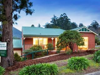 Annie's Escape in Warburton, self contained house - Warburton vacation rentals