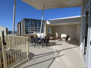 Redcliffe Beachfront Penthouse Near Brisbane - Redcliffe vacation rentals