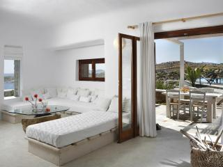 Villa with Sea View and sharing pool in Mykonos - Mykonos vacation rentals
