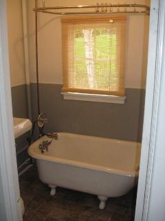 Wonderful Cottage with Deck and Dishwasher - Guysborough vacation rentals