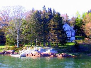 3 bedroom House with Internet Access in Deer Isle - Deer Isle vacation rentals