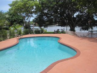 WATERFRONT 3bed/2bath Luxury Home,  HEATED POOL - Hollywood vacation rentals