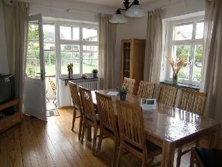 LLAG Luxury Vacation Apartment in Koewerich - 861 sqft, modern, spacious, warm (# 2707) - Kowerich vacation rentals