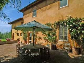Chianti Estate - Scuola Piccola Villa to rent near siena - Chianti, vacation and holiday villa - Pianella vacation rentals