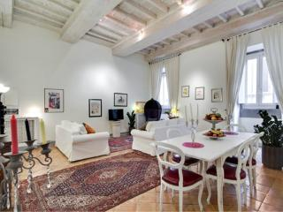 Navona Luxury **** Cocoon Historical gem (ROME) - Rome vacation rentals