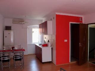 Center of the old town studio apartment - Trogir vacation rentals