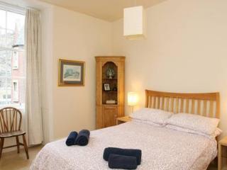Cordiners Land Apartment - Edinburgh vacation rentals
