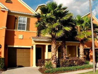 Jenny's Disney Escape 5 miles from Disney!! - Reunion vacation rentals