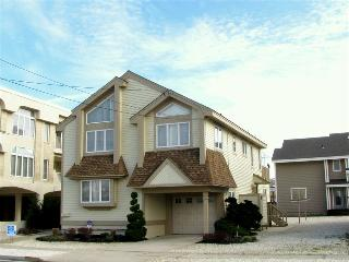 9610 First Avenue in Stone Harbor, NJ - ID 455239 - Stone Harbor vacation rentals