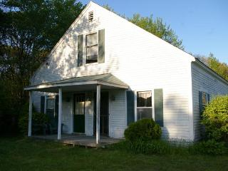 Great location in Harwichport! Foreign J-1 and responsible students welcome. - Harwich Port vacation rentals