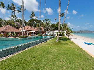 Perfect Villa with Parking and Housekeeping Optional - Koh Samui vacation rentals