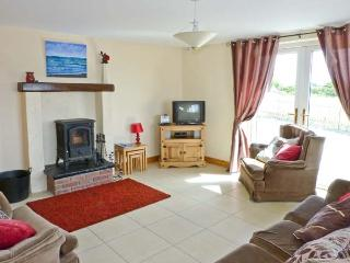 MOYASTA HOUSE next to coast, multi-fuel stove, peaceful location in Kilkee, County Clare Ref 16779 - Kilkee vacation rentals