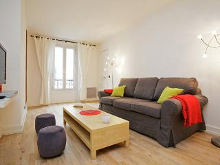 Modern Montmartre Apartment - Paris vacation rentals