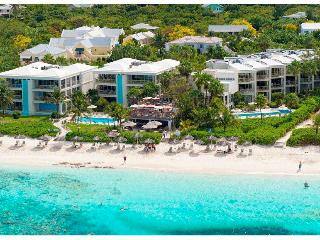 2 bdr Condo on Grace Bay beach 7th night free - Providenciales vacation rentals