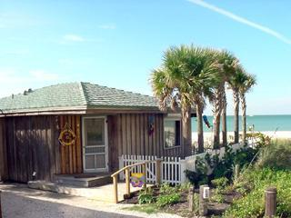 DIRECT BEACHFRONT - BEACHFRONT BUNGALOW Marlin Hideaway *Htd Pool*Pets - Indian Shores - rentals