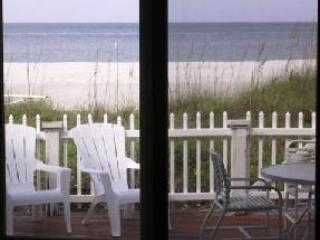 BEACHFRONT BUNGALOW Marlin Hideaway *Htd Pool*Pets - Indian Shores vacation rentals