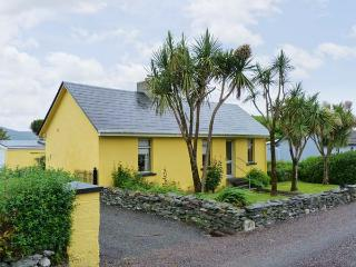 KATE'S COTTAGE, sea views, open fire, large garden near Knightstown, Valentia Island Ref 17408 - Ventry vacation rentals
