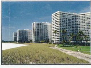 2 bedroom Apartment with Dishwasher in Marco Island - Marco Island vacation rentals