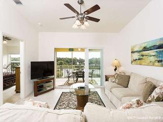 Canopy Walk 542, 4th floor penthouse unit, elevator, wifi, pool - Palm Coast vacation rentals