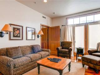 LIFT LODGE 201: SKI-IN/SKI-OUT - Park City vacation rentals