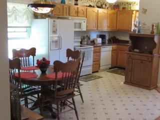 Nice House with Internet Access and Dishwasher - Mc Kee vacation rentals