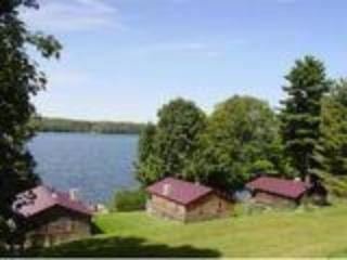 2 bedroom Cottage with Internet Access in Westmore - Westmore vacation rentals