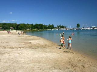 Block From The Beach cottage (#719) - Ontario vacation rentals