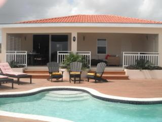 Luxurious villa with a VIEW ! - Paradera vacation rentals