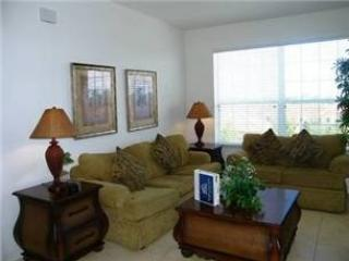 Living Area - WH3C2817AL-404 Traditionally Designed 3 BR Condo Well Fitted and Equipped - Orlando - rentals