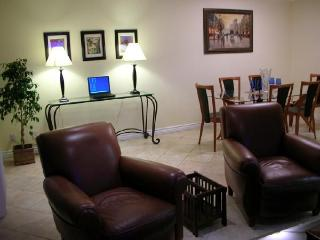 Beautiful 2-bedroom 2-bath in Best Location Sleeps - Santa Monica vacation rentals
