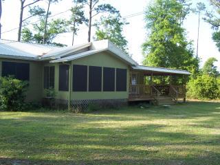 3 bedroom House with Deck in Pensacola - Pensacola vacation rentals