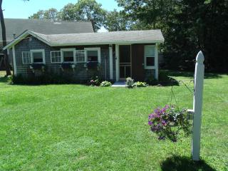 Quaint Summer Cottage- Special off season rates - South Yarmouth vacation rentals