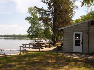 Great 2 Bed right on Big Portage Lake- Sandy Beach - Backus vacation rentals