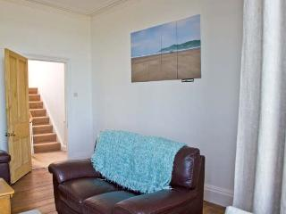 NORTHAM BEACH HOUSE, sea views, bright rooms, easy drive to beach in Northam, Ref 16136 - Northam vacation rentals
