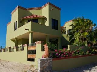 $55 1BR $75 2BR Guest unit $1300/wk entire house - Los Barriles vacation rentals