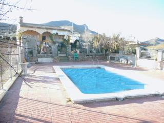 Private pool, lake views,close to Caminito del Rey - Ardales vacation rentals