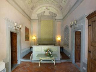 Apartment in villa: refined historic very special - Florence vacation rentals