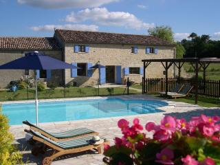 Beautiful Dordogne Peaceful Deluxe Cottages for 2 - La Roche Chalais vacation rentals