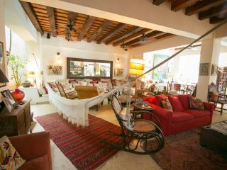 5 Bedroom Colonial Mansion with Swimming Pool in Old Town - Cartagena vacation rentals