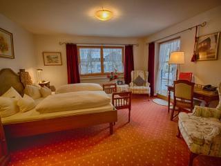 Double Room in Oberammergau - individual, elegant (# 2970) - Bavarian Alps vacation rentals