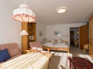 Vacation Apartment in Oberstdorf - 409 sqft, central, quiet (# 2978) - Oberstdorf vacation rentals