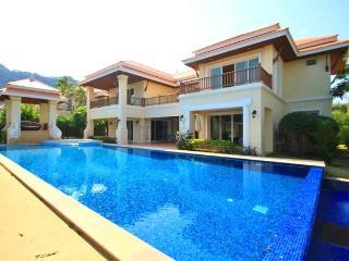 Luxury Pool Villa Close to the Beach - Chai Badan vacation rentals