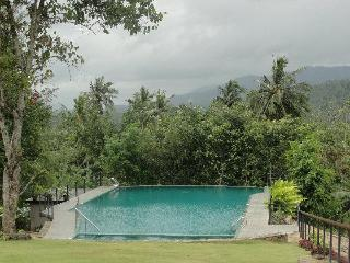 Victoria  Holiday Bungalow in Kandy, Sri Lanka - Kandy vacation rentals