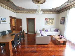 Perfect and spacious apartment at Downtown - Barcelona vacation rentals
