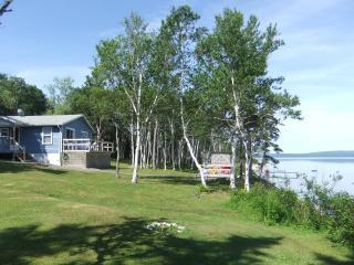 Captain's Cottage  2bdr - Bras dOr Lake - Dundee - Bras d'Or vacation rentals
