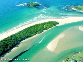 sunny 3 bedroom  river and beachside villa - Minnamurra vacation rentals